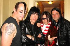 Jerry Only, Marky Ramone, John Cafiero e Dez Cadena
