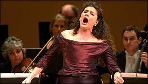 Cecilia Bartoli, singing