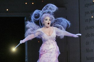 Eglise Gutierrez as La Fe, Cendrillon, Santa Fe Opera, directed by Laurent Pelly, costumes by Laurent Pelly and Jean-Jacques Delmotte, photo by Ken Howard &#169; 2006