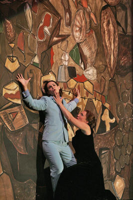 Kelley O'Connor and Dawn Upshaw in Ainadamar, 2005, Santa Fe Opera, photo by Ken Howard &#169; 2005