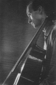 Bruno Cocset, cellist, image by Crítico