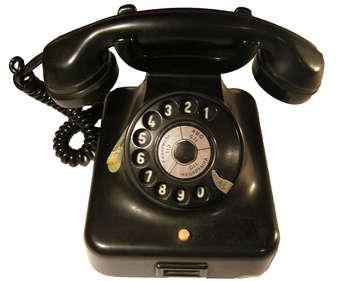 1957 East German telephone, image by DDR-Museum Berlin