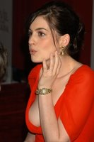 Anne Hathaway has boobs!