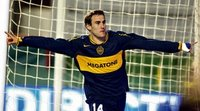 Imagen repetida: Rodrigo Palacio festeja un gol con la camiseta xeneixe