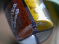 Nahaufnahme meines neuen Minigewürzspenders. Ich hatte noch ein deutlich besseres Bild, aber das hat iPhoto gelöscht(!), als meine Platte kurz voll war. Ich will von diesem Programm weg, es ist des Teufels!