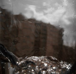 Der Blick aus meinem Fenster und das Wasser steigt! ;) Wie ich das Bild gemacht habe, verrat ich nicht...