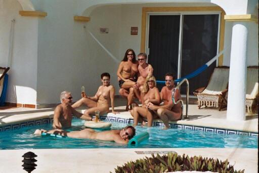 Deanza nudist resort