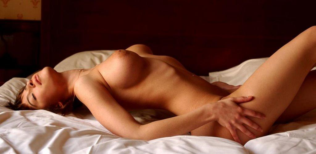 Откровенные фото в постели