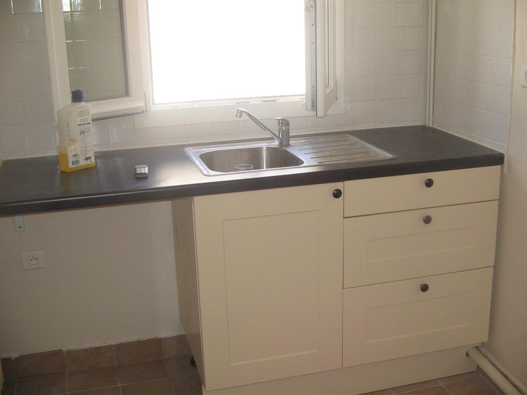 cm services pose de fen tre en pvc carrelage au mur et sol installation de branchement eaux. Black Bedroom Furniture Sets. Home Design Ideas