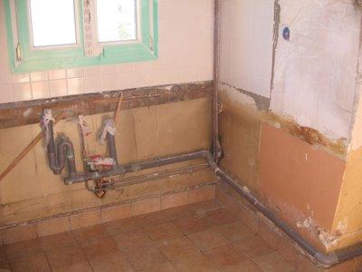 Cm services pose de fen tre en pvc carrelage au mur et for Comment brancher machine a laver