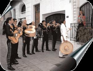 """Recuerdo la escolta de mariachis vestidos de negro interpretando """"Tres"""