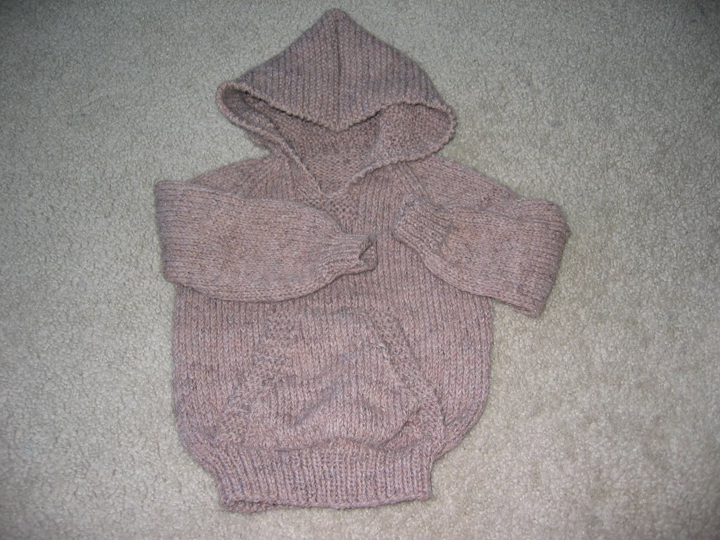 Knitting Pattern For Wallaby Sweater : Knits-N-Purrs Gallery: Wallaby for Wendys Baby, March 2006
