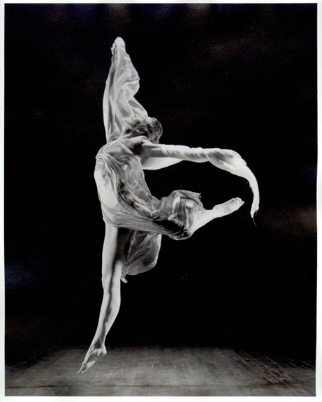 history of modern dance Get a brief history of ballet from its origins in the 15th-century italian renaissance courts to what it looks like in the 21st century  ballet and modern dance .