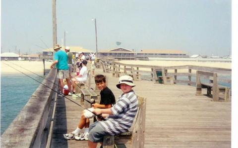 The flyfishmagazine blog n c fishing pier day for Nc fishing piers