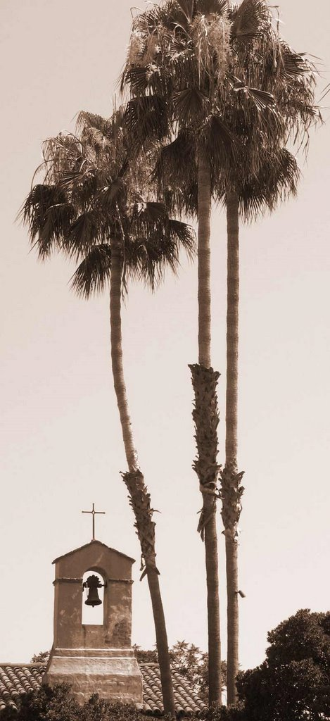 capistrano bell and palms; click for previous post
