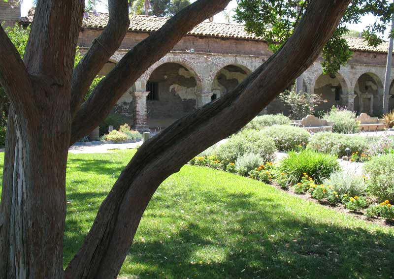 mission san juan capistrano; click for previous post