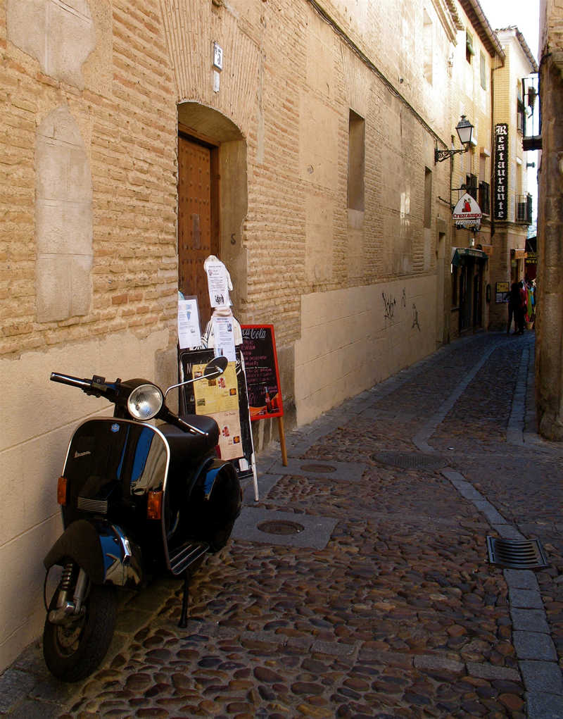 a street in toledo; click for previous post