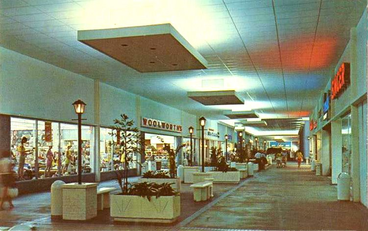 Malls of America - Vintage photos of lost Shopping Malls of the \'50s ...