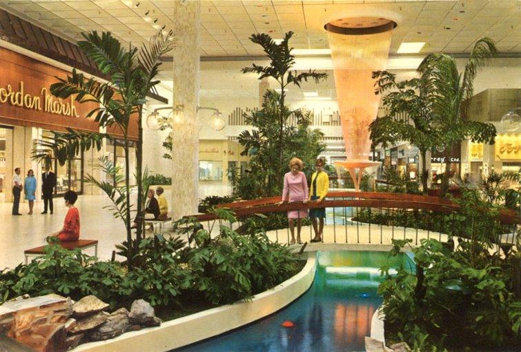 West Palm Shopping Center West Palm Beach Fl