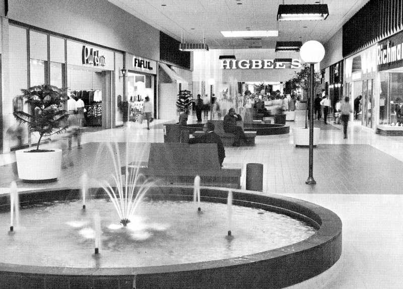 Malls of America - Vintage photos of lost Shopping Malls of the u0026#39;50s, u0026#39;60s u0026 u0026#39;70s