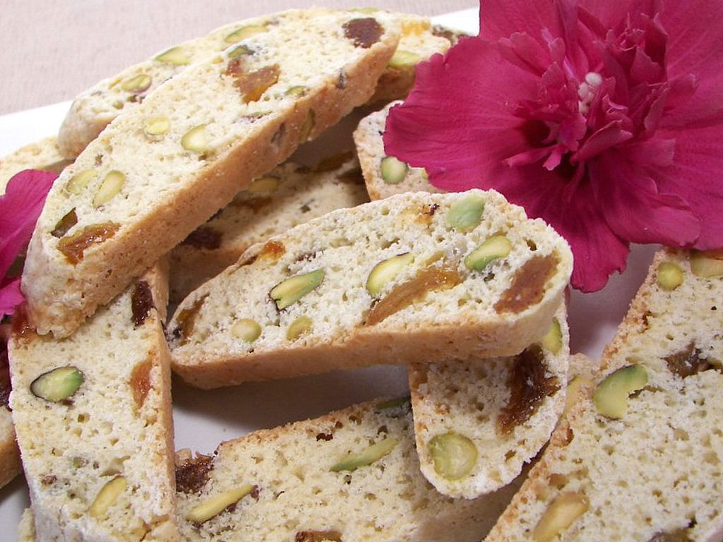 Pistachio Raisin Biscotti (Adapted from Everyday Food)