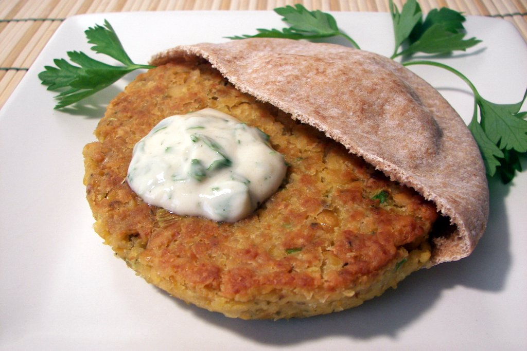 Culinary in the Desert: Chickpea Burgers with Tahini Sauce