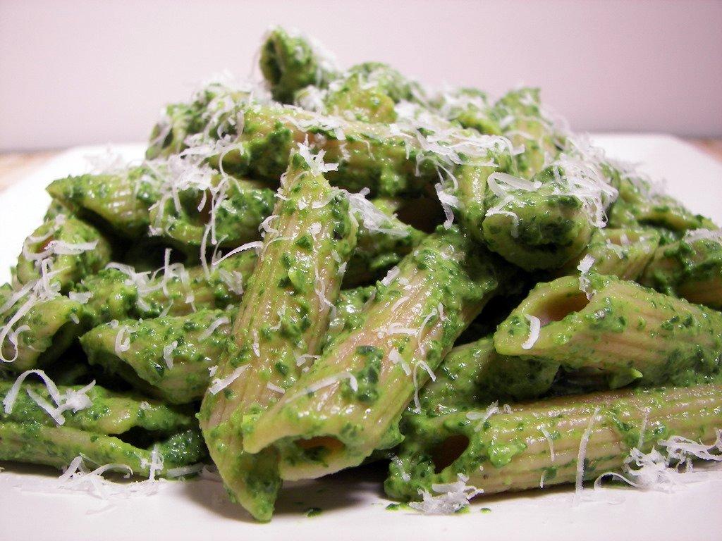 recipe: pasta spinach sauce [23]
