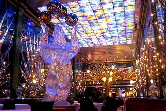 Slavs of New York!: Reservations for the Russian Tea Room