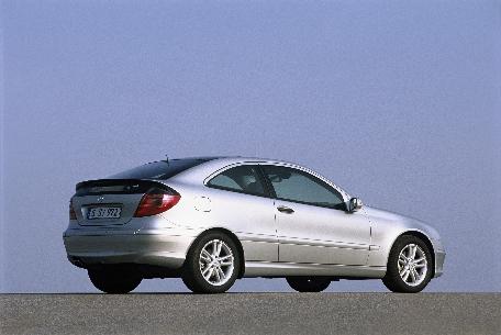Cockpit autom vel conte dos auto mercedes c sportcoup - Mercedes coupe sport 220 cdi fiche technique ...