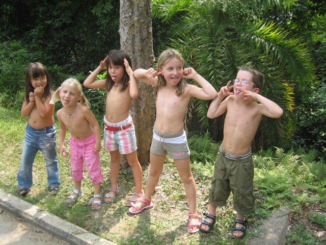 Familie Pinkitz in Hong Kong: Tai Tam Wanderung mit Fam