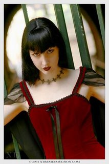 Red Velvet goth clothes