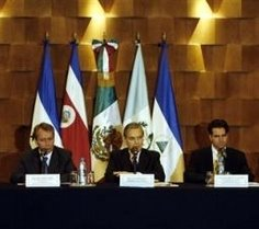 Foreign Ministers from, left to right, Guatemala's Jorge Briz, Mexico's Luis Ernesto Derbez and Costa Rica's Bruno Stagno are seen here participating in a news conference in Mexico City, Mexico, Thursday, May 18, 2006. The Foreign Ministers had a meeting to talk about illegal immigration from Mexico and Central America to U.S. (AP Photo/ Claudio Cruz)