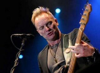 The British singer Sting shined in Costa Rica.