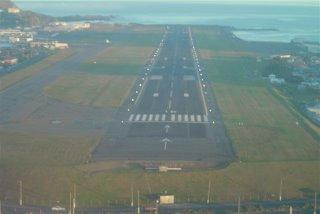 Final approach runway 16