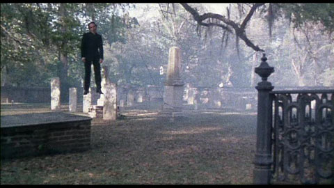 City of the living dead 1980 review