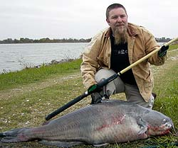 Oklahoma Record Blue Catfish caught on Lake Texoma, November 11th, 2004 by Billy Nabors