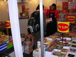 Livros a preços populares