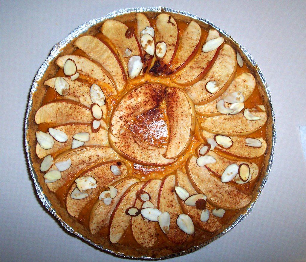 Pumpkin Spice Cheesecake with Cinnamon Apple Almond Topping