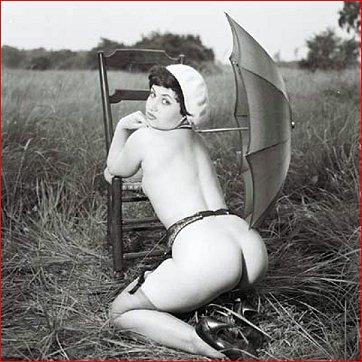 Vintage Booty Gal