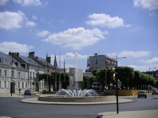 Rond point situé entre la Place Lafayette et l'Avenue Marcel Lemoine