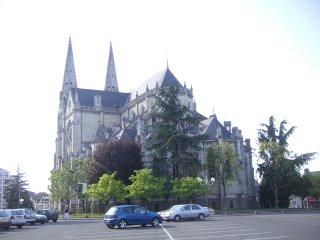 Église Saint André vue arrière