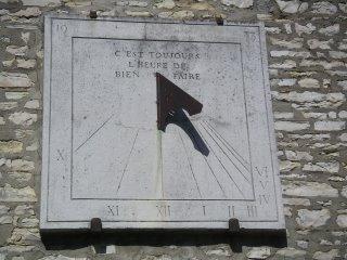 Cadran solaire, place Roger Brac, Châteauroux