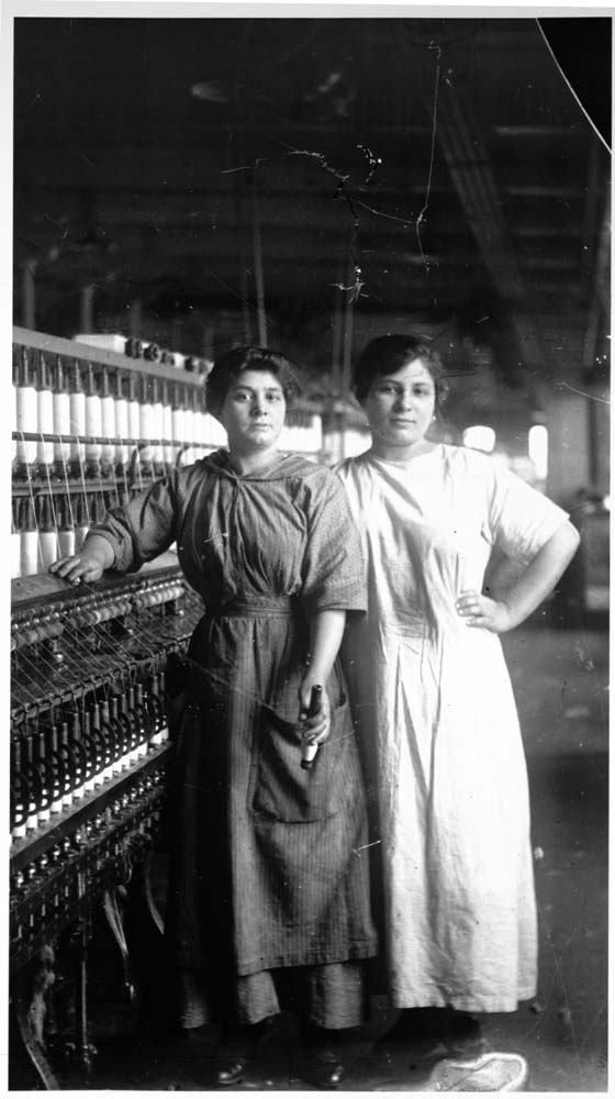 women and the industrial revolution in This book explores the mental and literary awakening that many working-class  women in the united states experienced when they left home to work in factories .