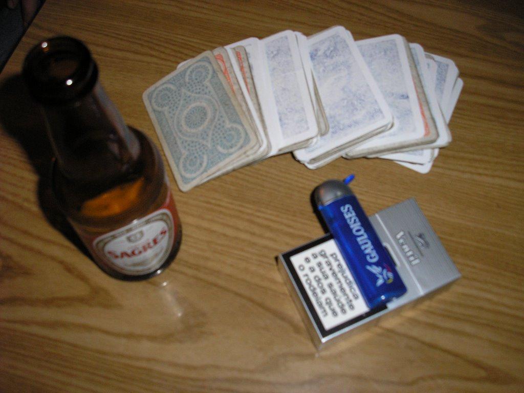 Deixar de beber para fumar antes do conceito da criança