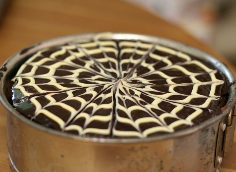 Как сделать паутинку для торта 357
