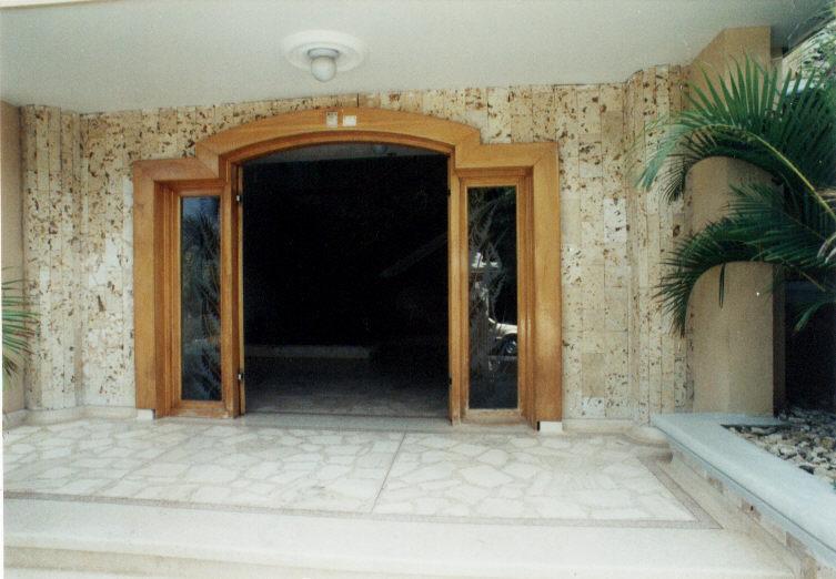 Casa en el caribe for Casa de marmol y granito