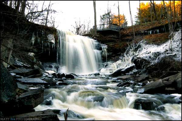 waterfall00.jpg
