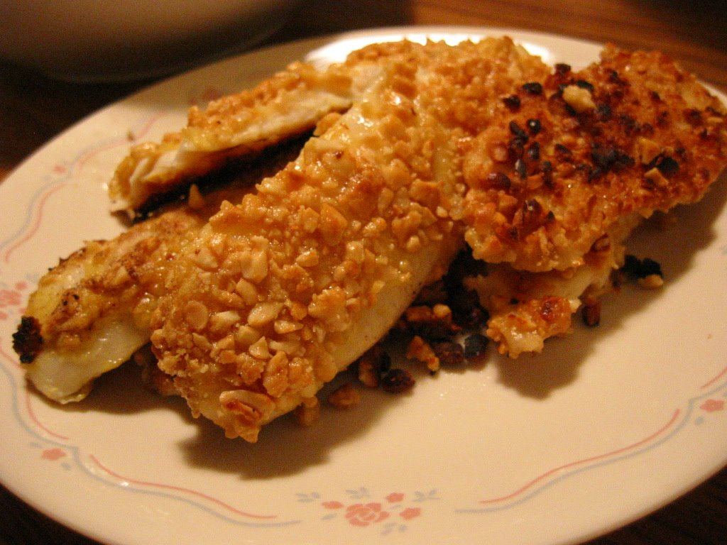 Peanut crusted oven fried fish recipe dishmaps for Breaded fish in oven