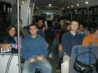 No ônibus - Taking the bus