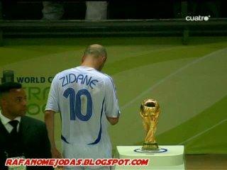 Zidane se despide del futbol con esta imagen amarga